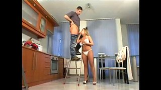 Wife Seduce Electrician Lack of Dick