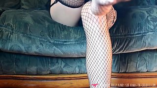 French Babe Foot Fetish Dance Show