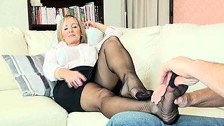Nylon foot Full load masturbates