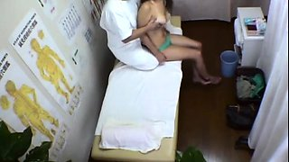 Petite Japanese girl with tiny tits gets her peach fingered