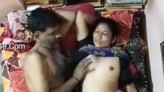 Desi Aunty And Uncle Enjoying Sex