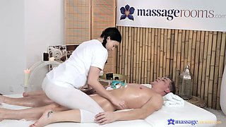 Hardcore fucking on the massage table with Czech hottie Lucy Li