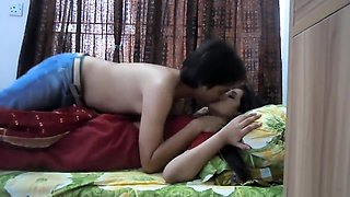 Honeymoon hardcore romantic sexy couple in first time