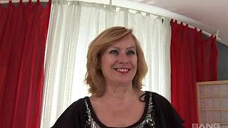 European GILF fucked by South American BBC