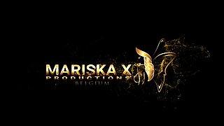 MARISKAX Mariska's road trip blowjob